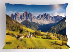 Doğada Sabah Yastık Kılıfı Dağ Manzaralı Yeşil