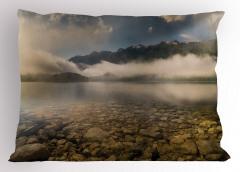Sisli Göl ve Dağlar Yastık Kılıfı Dağlar Bulutlar