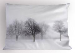 Karlı Orman Desenli Yastık Kılıfı Beyaz Kahverengi