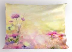 Pembe Çiçek Desenli Yastık Kılıfı Romantik Sarı Fonlu