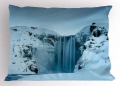 Karlı Dağ İçinde Şelale Yastık Kılıfı Şık Beyaz