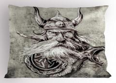 Boynuzlu Şapkalı Viking Yastık Kılıfı Siyah