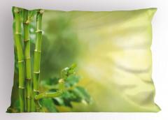 Yeşil Orman Manzaralı Yastık Kılıfı Sarı Arka Plan