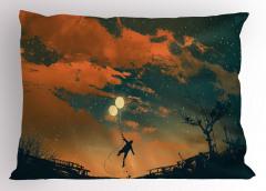 Balonlu Adam ve Gökyüzü Yastık Kılıfı Turuncu