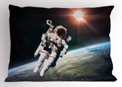 Dünya ve Astronot Yastık Kılıfı Uzay Trend