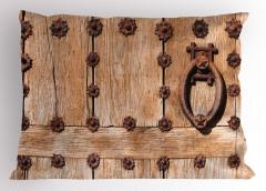 Tokmaklı Ahşap Kapı Yastık Kılıfı Şık Nostaljik