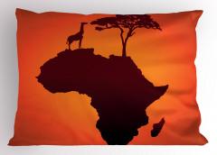 Afrika Zürafa ve Ağaç Yastık Kılıfı Kahverengi