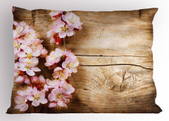 Ahşap Üstü Pembe Çiçek Yastık Kılıfı Dekoratif