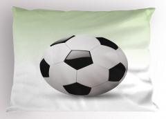 3D Etkili Futbol Topu Yastık Kılıfı Beyaz Arka Plan
