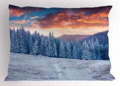 Karlı Ormanda Gün Doğumu Yastık Kılıfı Turuncu Gökyüzü
