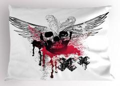 Kanatlı Kuru Kafa Desenli Yastık Kılıfı Siyah Beyaz
