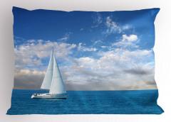 Pamuk Bulutlar ve Yelkenli Yastık Kılıfı Gökyüzü Deniz