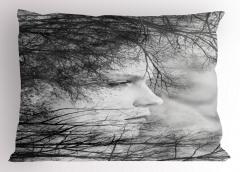 Kadın Portresi ve Ağaçlar Yastık Kılıfı Siyah Gri