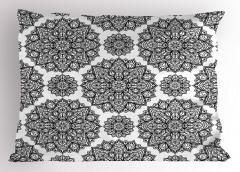 Siyah Beyaz Mandala Çiçekleri Yastık Kılıfı Trend