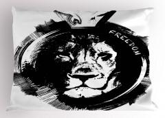 Özgür Aslan Yastık Kılıfı Portre Siyah Beyaz