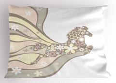 Çiçekli At Desenli Yastık Kılıfı Pembe Gri Dekoratif