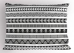 Siyah Beyaz Etnik Yastık Kılıfı Geometrik Şık Tasarım