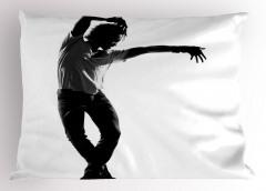Danseden Adam Yastık Kılıfı Figür Siyah Beyaz Sanatsal