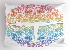 Yoga Yapan Kadın Yastık Kılıfı Mavi Pembe Çiçekli