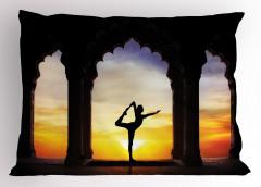 Güneşli Havada Yoga Yastık Kılıfı Sağlık Spor