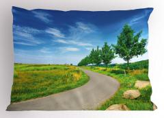 Yol Kenarındaki Ağaçlar Yastık Kılıfı Yeşil Gökyüzü