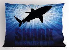 Su Altı Avcısı Yastık Kılıfı Köpek Balığı Deniz