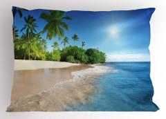 Kumsalda Güneşli Bir Gün Yastık Kılıfı Palmiye Deniz