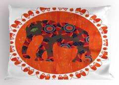 Fil ve Çiçek Desenli Yastık Kılıfı Turuncu Süslemeli