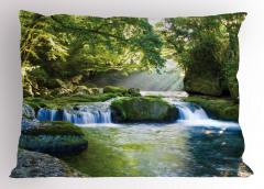 Çağlayan Manzaralı Yastık Kılıfı Nehir Temalı Yeşil