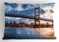 New York Manzaralı Yastık Kılıfı Köprü ve Gökyüzü