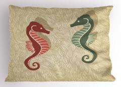 Kırmızı ve Yeşil Denizatı Desenli Yastık Kılıfı Deniz