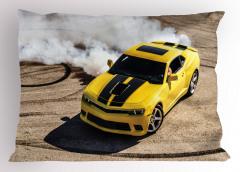Sarı Yarış Arabası Temalı Yastık Kılıfı Motor Sporları