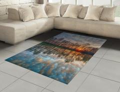 Göle Yansıyan Bulutlar Halı (Kilim) Romantik