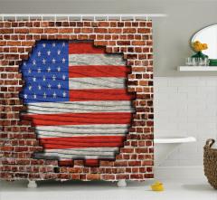 Tuğla Üstünde ABD Bayrağı Desenli Duş Perdesi