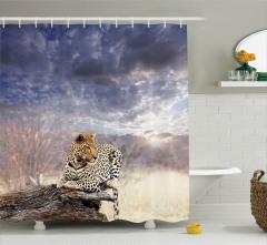 Leopar ve Gökyüzü Desenli Duş Perdesi Huzur Verici