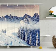 Karlı Orman Manzaralı Duş Perdesi Kış Dağlar Huzur