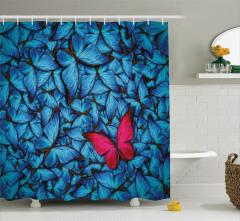 Mavi ve Kırmızı Kelebek Desenli Duş Perdesi Çeyizlik