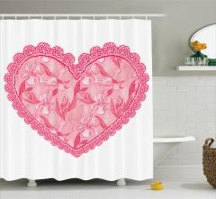 Pembe Kalp Desenli Duş Perdesi Romantik Çiçekler