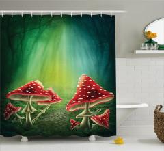 Kırmızı Mantarlar ve Büyülü Orman Duş Perdesi
