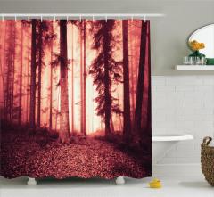 Orman ve Dökülmüş Yaprak Temalı Duş Perdesi Kırmızı