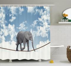 İp Üstünde Fil ve Gökyüzü Temalı Duş Perdesi Beyaz