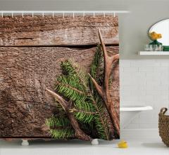 Çam Ağacı ve Boynuz Desenli Duş Perdesi Ahşap Fonlu