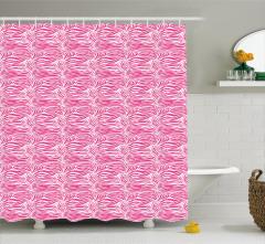 Pembe Beyaz Zebra Desenli Duş Perdesi Şık Tasarım