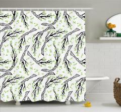 Bahar Temalı Duş Perdesi Dallarda Yeşil Yapraklar