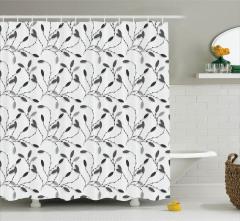 Siyah Yaprak Desenli Duş Perdesi Şık Tasarım