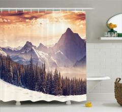 Karlı Dağ Manzaralı Duş Perdesi Gün Batımı Çam Orman