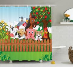 Sevimli Çiftlik Desenli Duş Perdesi Rengarenk