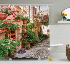 Taş Ev ve Çiçek Temalı Duş Perdesi Nostaljik