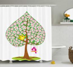Çocuklar için Duş Perdesi Yeşil Ağaç Pembe Çiçek Kuş