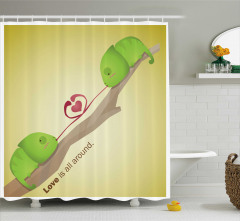 Aşk Her Yerde Temalı Duş Perdesi Yeşil Kurbağa